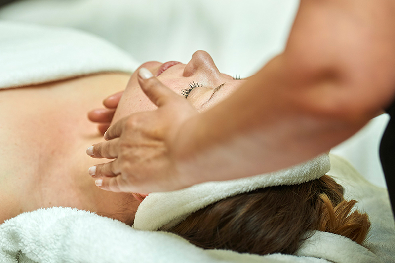 Beauty treatments at Woodman estate wellness retreat